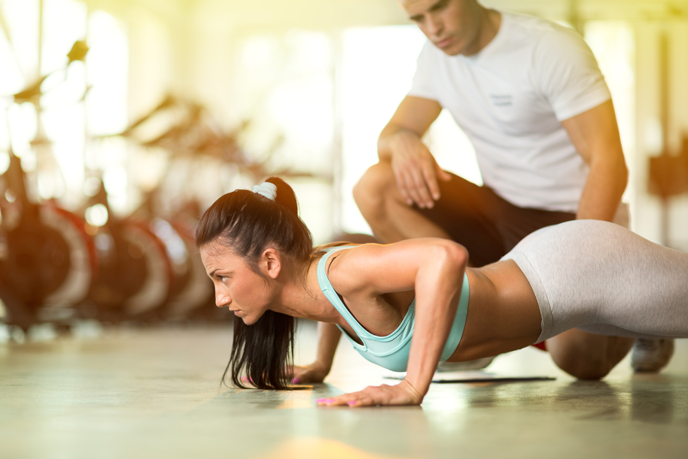 personal trainer client push up